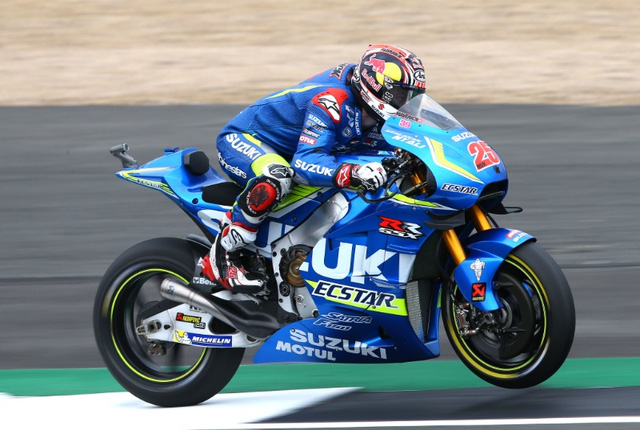 MotoGP Hinh anh tay dua xuat sac nhat chang 12 Maverick Vinales cua Team Suzuki Ecstar - 4