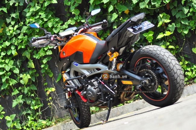 Yamaha MT09 voi phong cach the thao duong pho Street Rally - 4