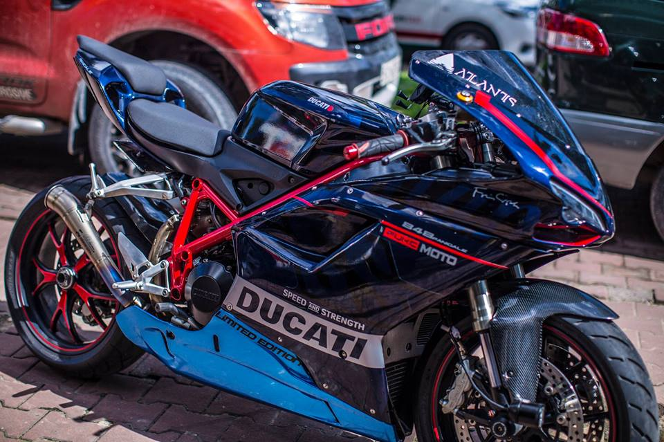 Hang doc Ducati 848 len duoi 899 chat lu - 4