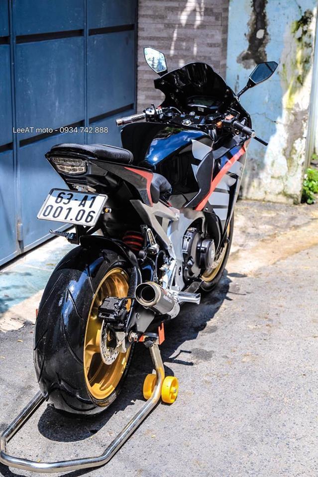 Lot xac Hornet 250 thanh thanh mau xe the thao Honda CBR1000RR 2015 - 6