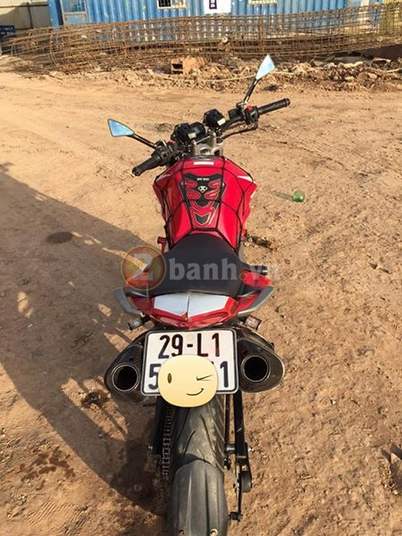 Chiec FZS do phong cach moto Ducati Monster - 5