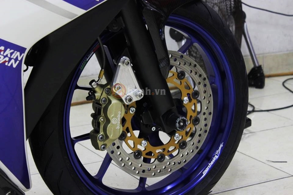 Yamaha R25 trong ban do cuc chat den tu Indonesia - 4