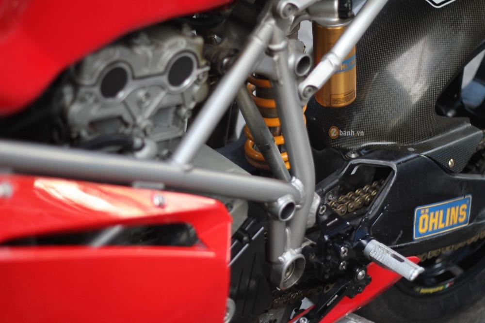 Huyen thoai troi day Ducati 999S trong ban nang cap day an tuong - 9