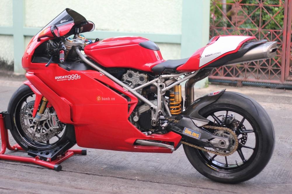 Huyen thoai troi day Ducati 999S trong ban nang cap day an tuong - 10