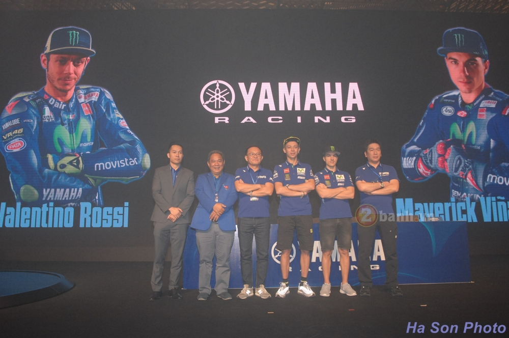 Khan gia Viet da co co hoi giao luu voi hai tay dua cua doi dua Movistar Yamaha MotoGP 2017 - 4