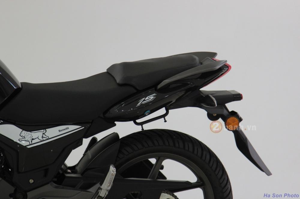 Danh gia Benelli TNT15 Nakedbike danh cho nguoi moi choi - 4