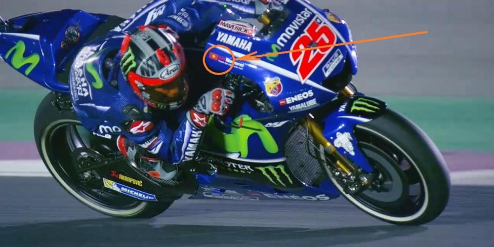 MotoGP Khan gia Viet vo cung hung khoi khi quoc ky Viet Nam xuat hien tren chiec xe dua YZRM1 - 3