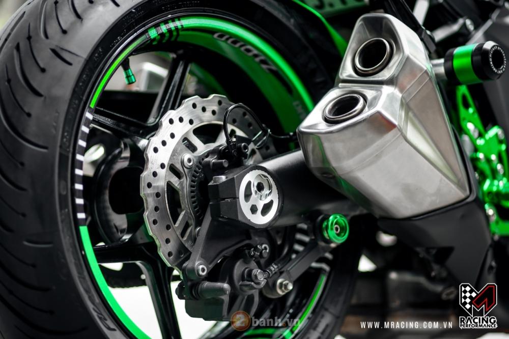 Kawasaki Z1000 hoa khoi lang moto co man lot xac an tuong tai VN - 6