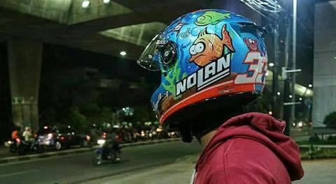 KTM Ha Noi 3 mau mu bao hiem ngon bo re khong the bo qua cho nguoi lai xe con tay - 4