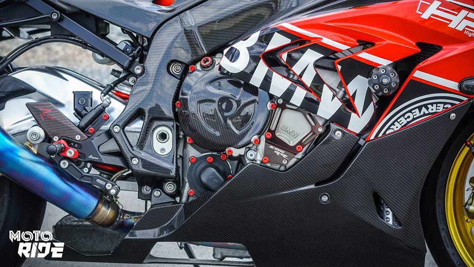 BMW S1000RR phien ban Black carbon - 7