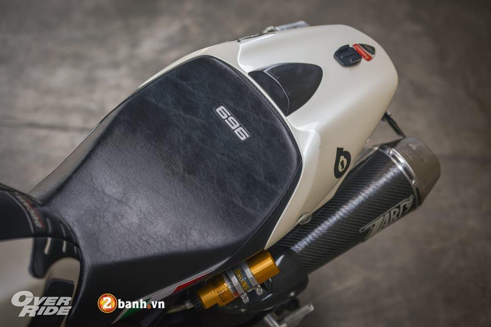 Ducati Monster 696 con quai thu huyen thoai cua nha Ducati - 6