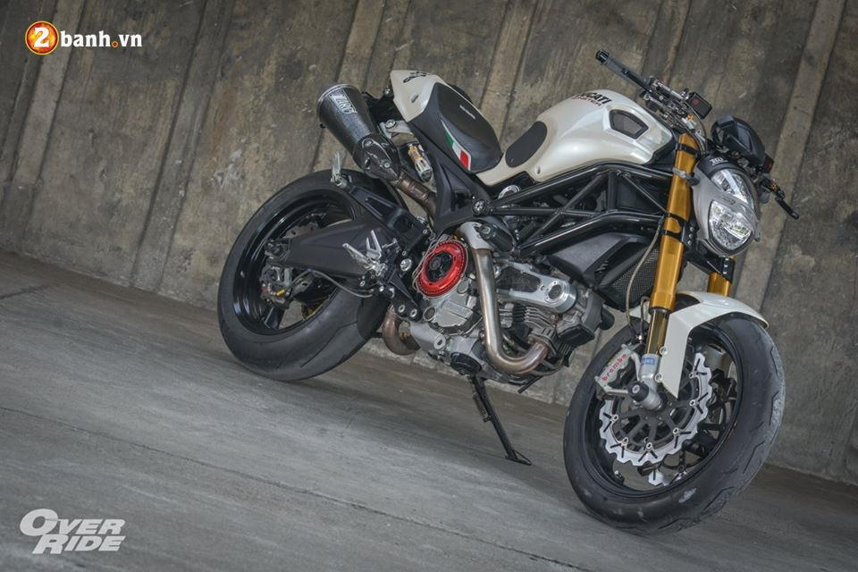 Ducati Monster 696 con quai thu huyen thoai cua nha Ducati - 12
