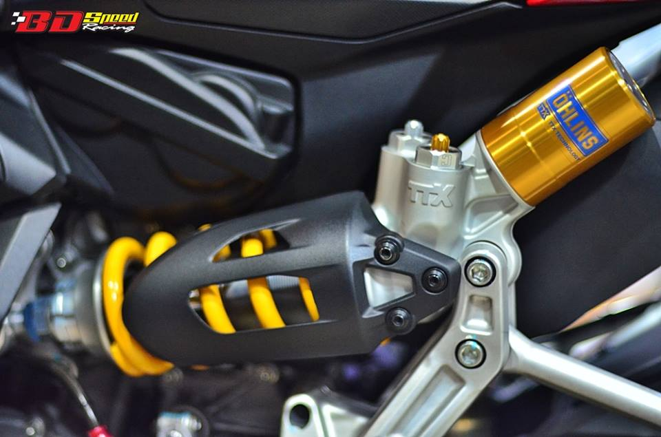 Ducati 899 Panigale lot xac cuc chat trong ban do FULL OPTION - 8