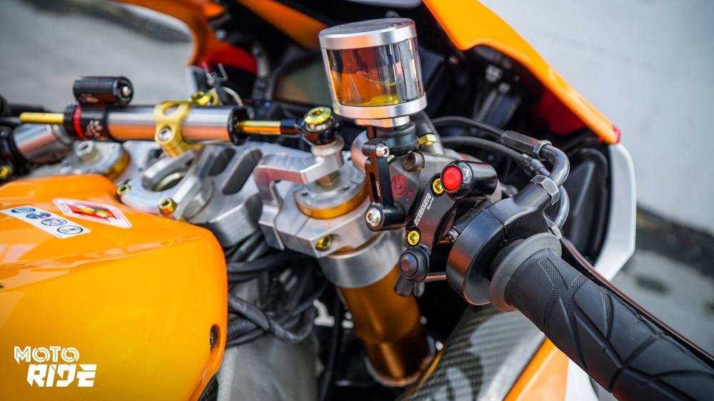 Honda CBR1000RR dep den ngo ngang trong phong cach 93 MotoGP - 6