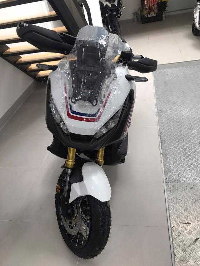 Honda tay ga XADV 750 gia 560 trieu dong vua cap ben tai Viet Nam - 8