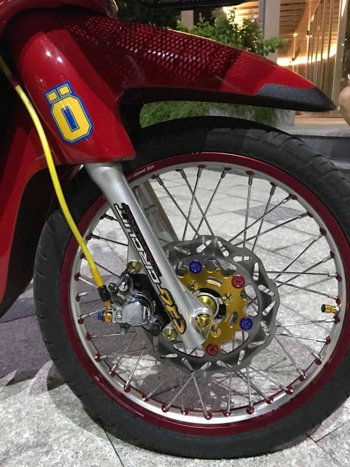 Honda Wave 110cc hien lanh trong ban do kieu ky - 4