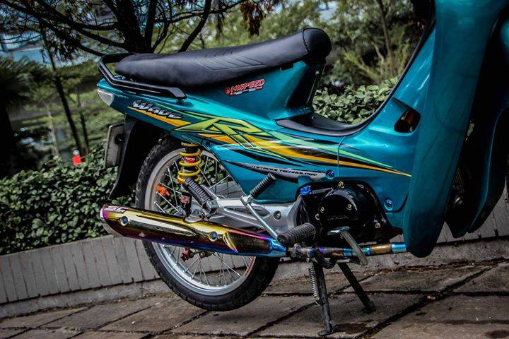 Honda Wave full nguyen to xanh day suc song tuoi tre - 2