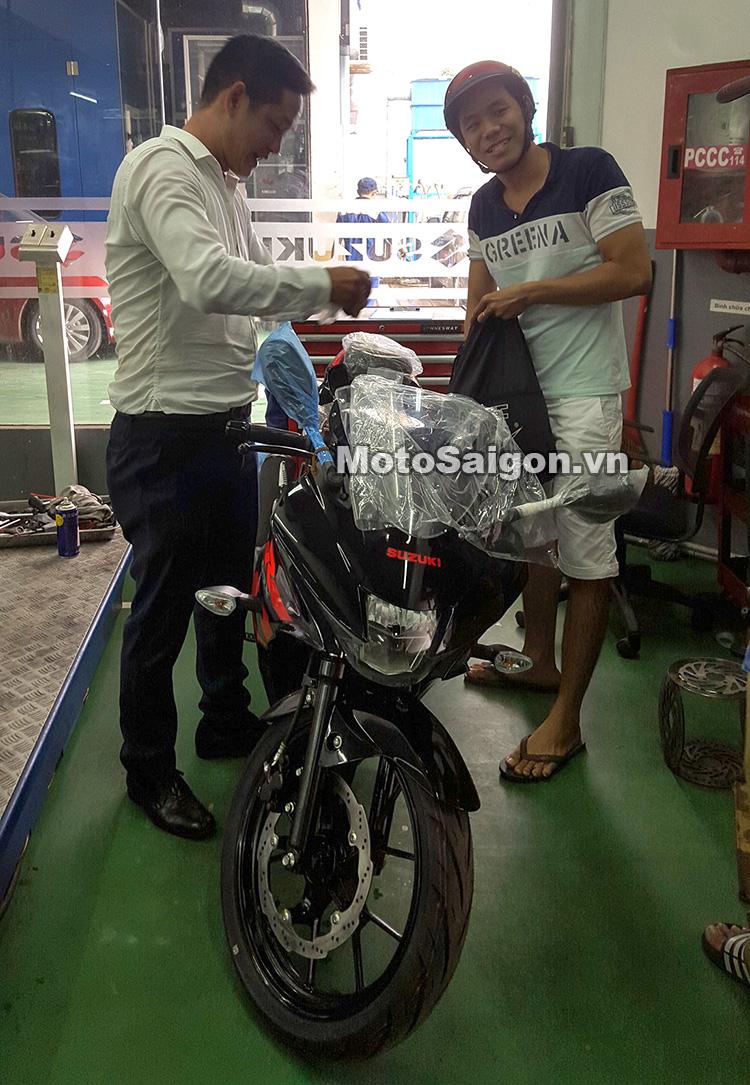 Mau sportbike co nho Suzuki GSXR150 chinh hang da ve den dai li voi gia de xuat 75 trieu dong - 2