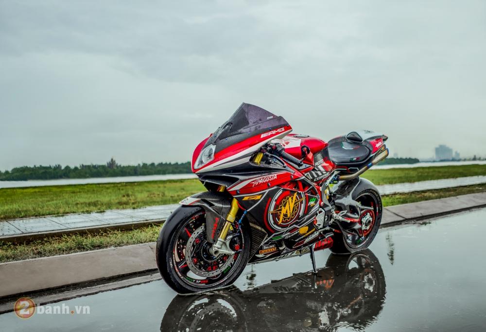 MV Agusta F4 RR dep khong the cuong trong ban do tien ty cua biker Viet - 2