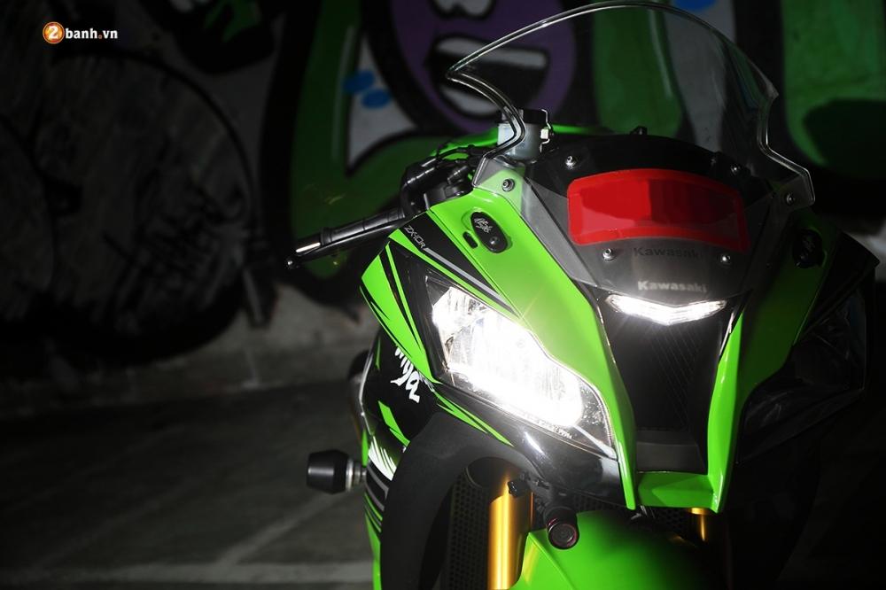 Ninja ZX10R ao dieu trong buc anh suong khoi huyen bi - 2