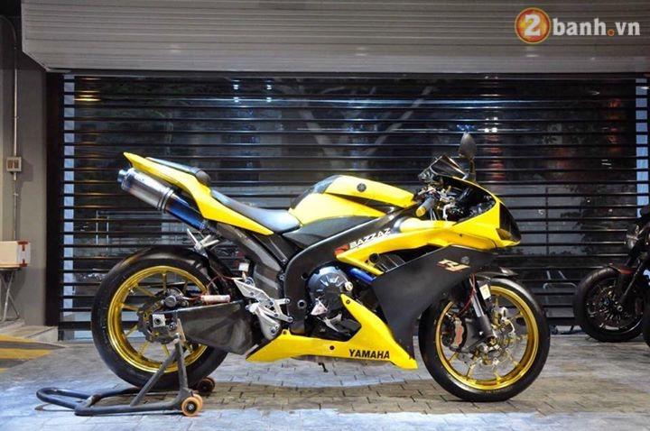 Sieu nhan vang Yamaha R1 dep trai hon voi dan option do choi hang hieu - 3
