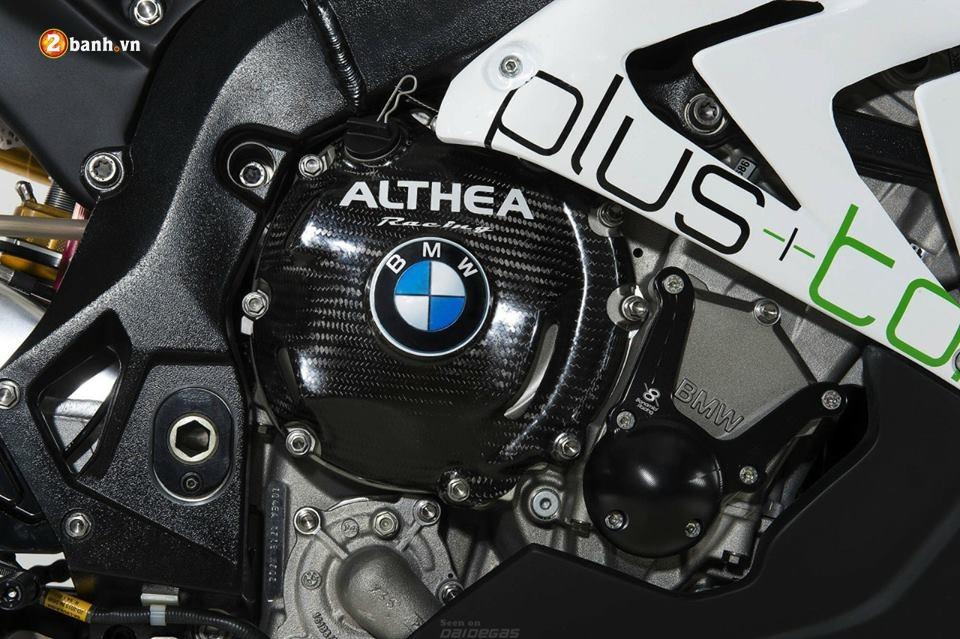 Ve dep trang tinh khoi cung doi mat xech BMW S1000RR - 6