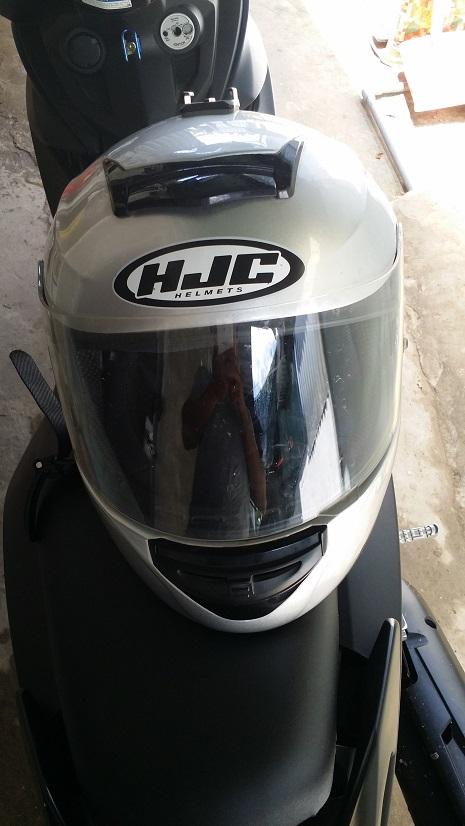 Bon HJC Cool Storm Size XL loai Mua Honda Winner tang mau Bac