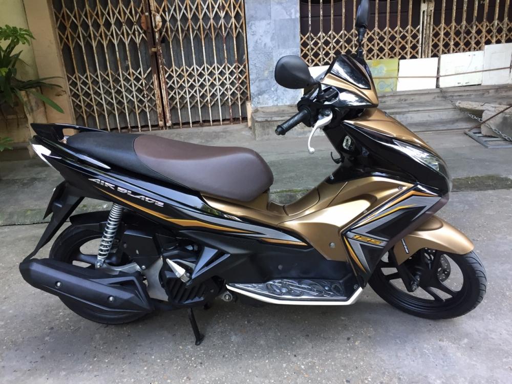 Can ban Honda Airblade 125 fi vang den 2015 con moi chinh chu 33tr500 - 5