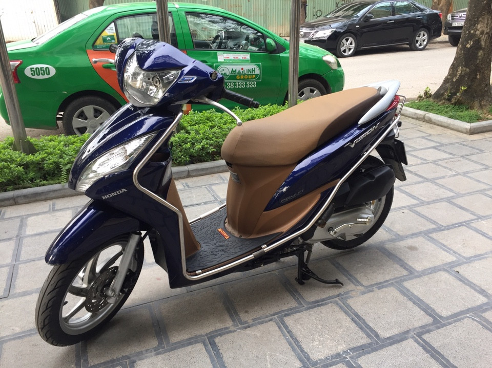 Can ban Honda Vision fi 2013 xanh tim con rat moi chinh chu nha su dung bien Hn - 6