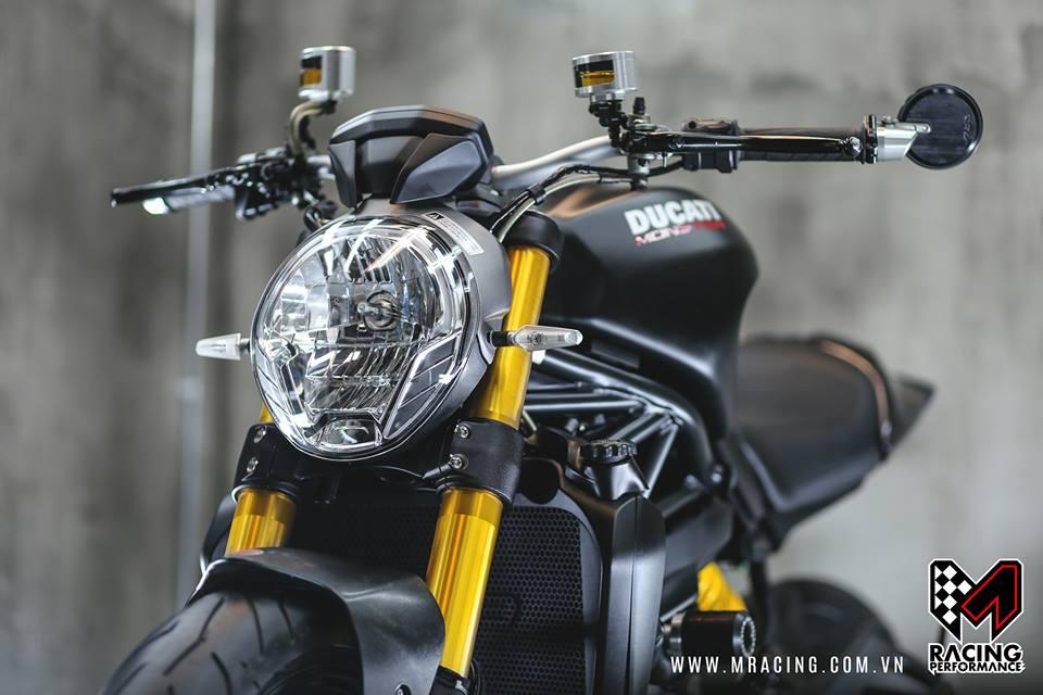 Chiem nguong quai thu Ducati Monster 821 luc luong - 4