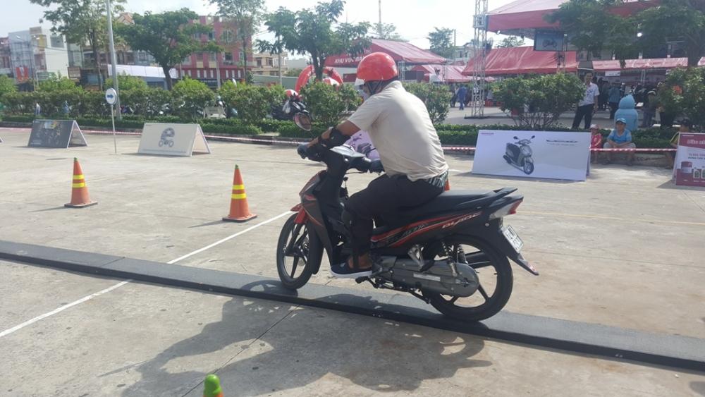 Cung den voi chuong trinh Honda Tron Niem Tin trong thang 08 - 4