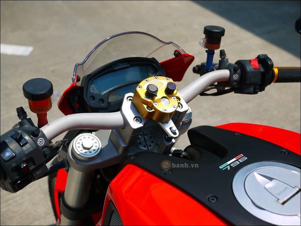 Ducati Monster 796 Hau due sau thanh cong cua Monster 795 - 4