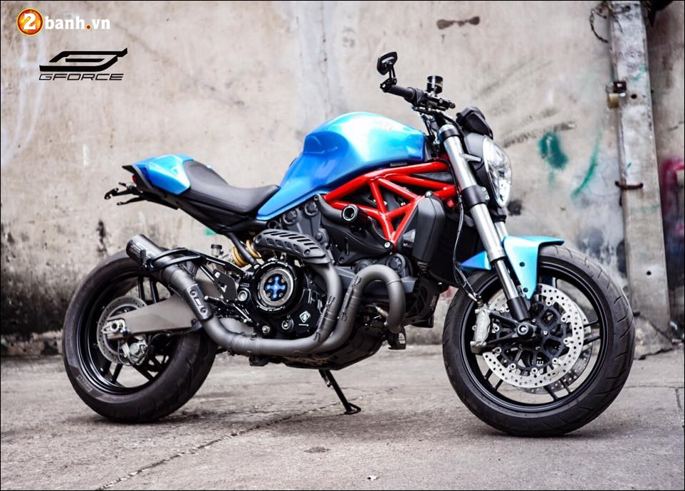Ducati Monster 821 do noi bat cung xanh tuoi mat Atlantis Blue - 10