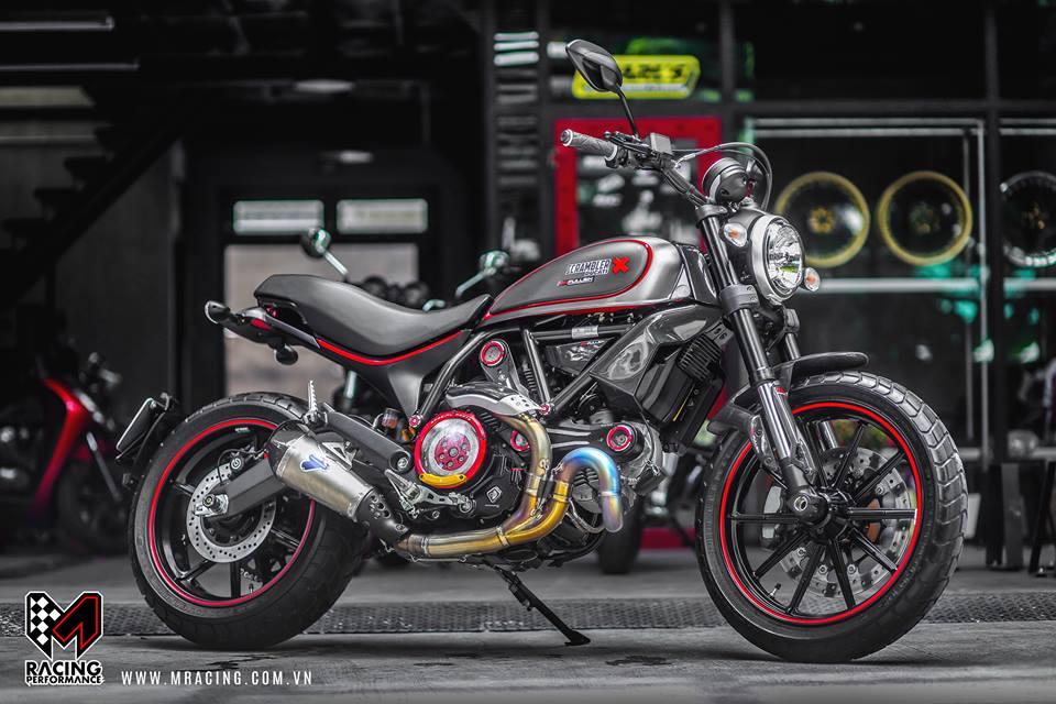 Ducati Scrambler dep tinh te tu nguyen lieu Titanium - 5