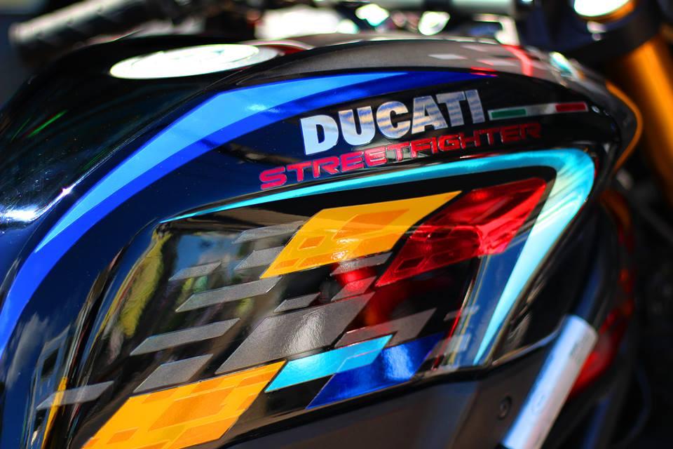 Ducati Streetfighter do menh danh qua bom tan phan khuc nakedbike - 4