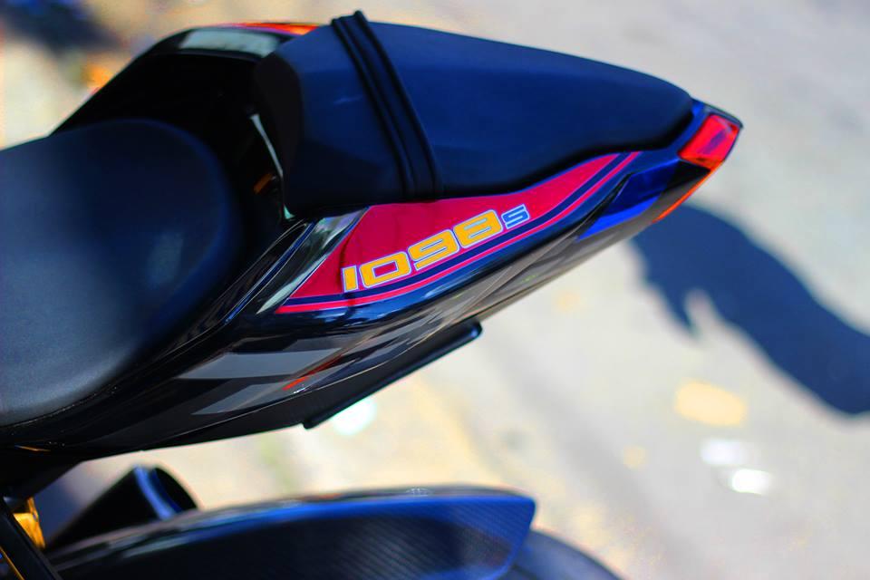 Ducati Streetfighter do menh danh qua bom tan phan khuc nakedbike - 8