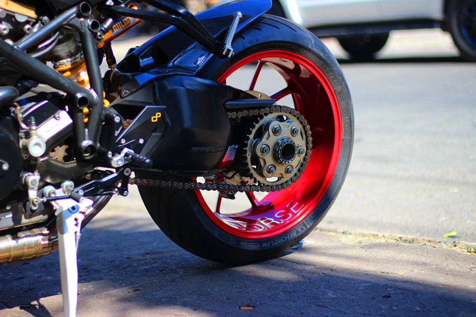 Ducati Streetfighter do menh danh qua bom tan phan khuc nakedbike - 12