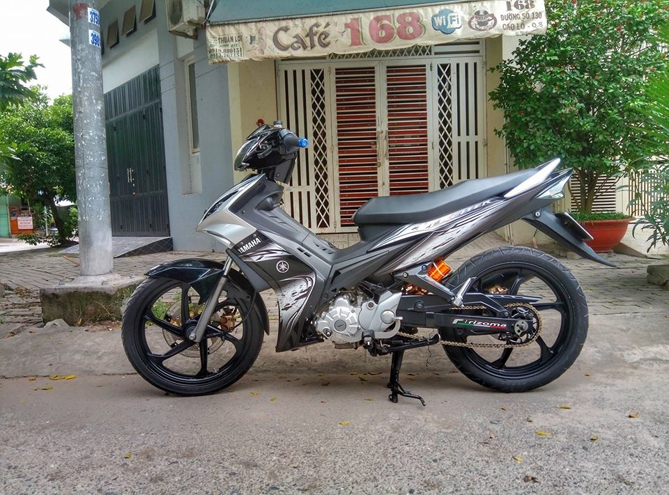 Exciter 135cc chien binh duong pho pha cach cuc ky ba dao