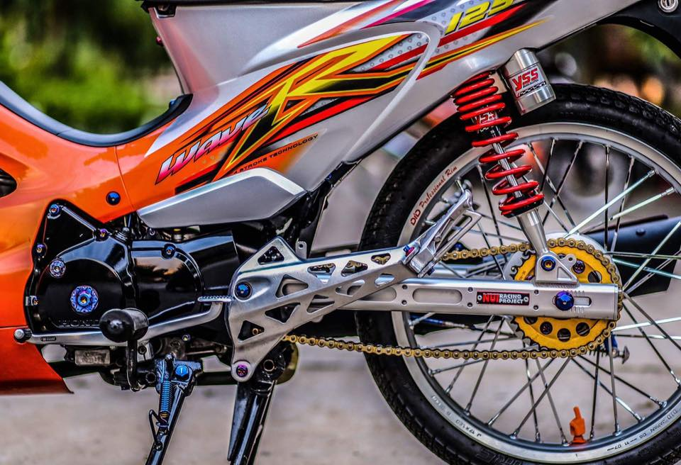 Future 2 do phong cach Wave 125 leng keng xa beng cua Biker Soc Trang - 6