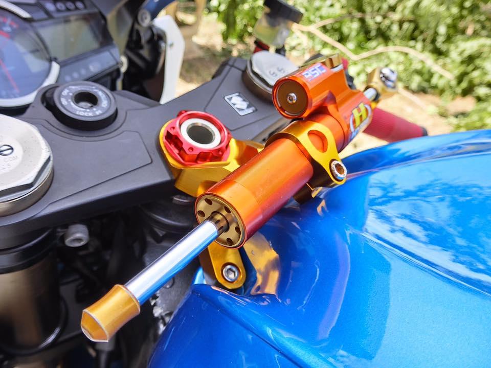 GSX R1000 ong vua trang xanh ke tranh ngoi vua mo to - 4