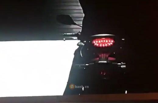 He lo vai hinh anh cua Honda 150SS Racer trong Clip Quang Cao - 2