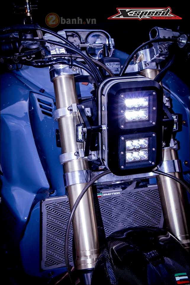 Honda CB650F do lot xac hoan thien cung phong cach Cafe Racer - 4