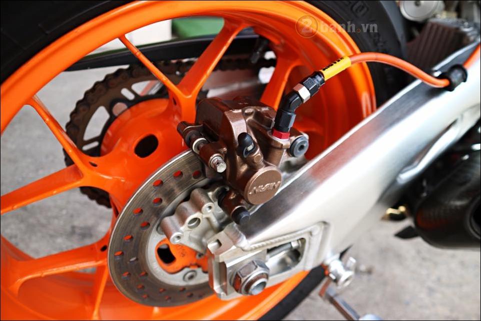Honda CBR1000RR Repsol do don gian tinh te trong tung chi tiet - 12