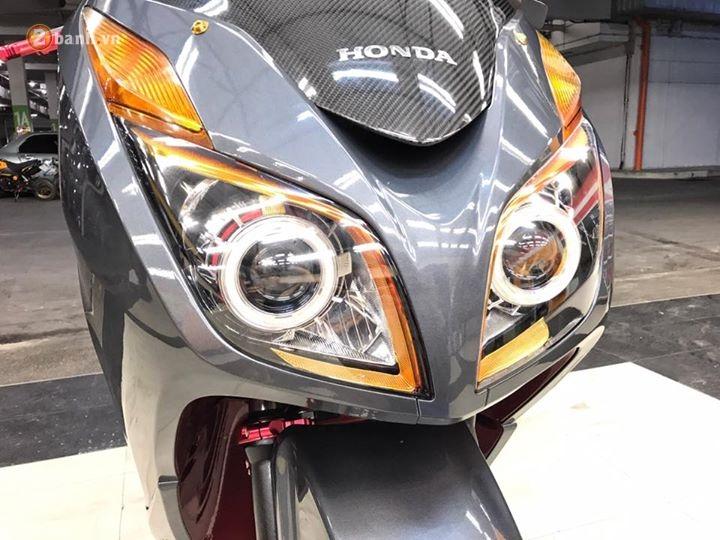 Honda Forza 300 chien binh tay ga day manh me va dang cap - 4