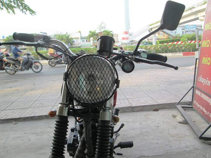 Honda GL 125 do Tracker qua cam nhan cua chang sinh vien cong nghe - 3