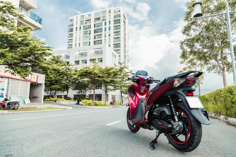 Honda Sh150i 2017 do dan ao Sh300i dau tien tai Sai Gon - 18