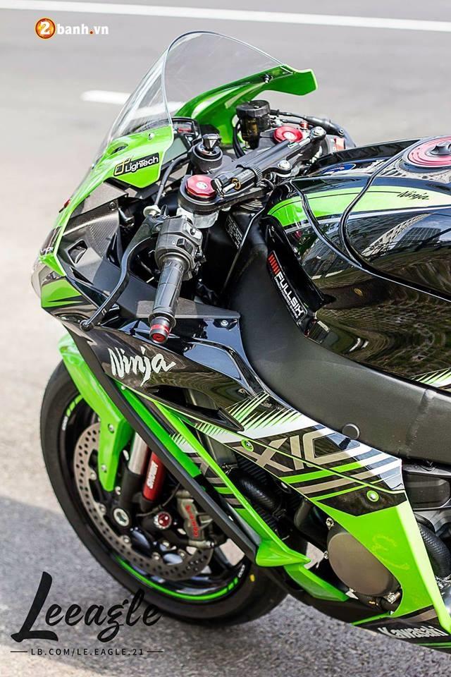 Kawasaki ZX10R ke thong tri duong dua WSBK - 4