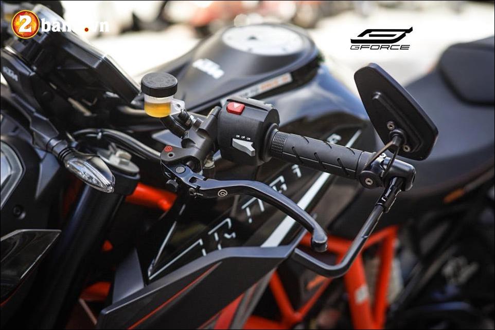 KTM 1290 Super Duke R do ke menh danh Quai vat cua hang xe ao - 4