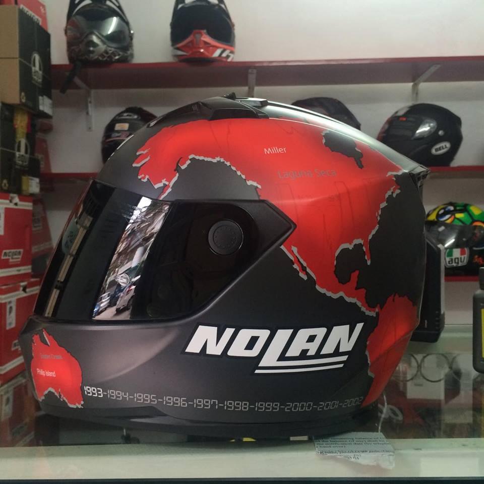 Moto299 Nolan N64 kinh den cuc chat cho cac bac thich phong tran bui bam - 9