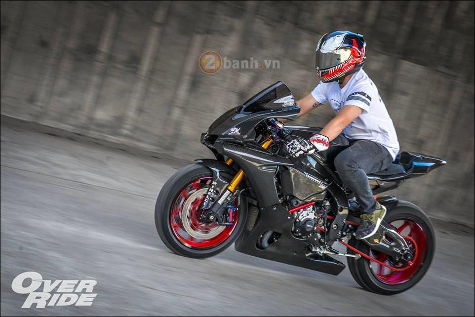 Sieu pham full Carbon fiber Yamaha R1 trong loat anh day loi cuon - 6